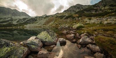 Glaciar lake photo