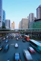tráfico urbano foto