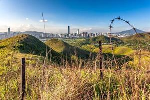 china, shenzhen visão noturna de hong kong
