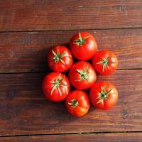 Fresh tomatoes photo