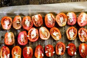Sun dried tomatoes photo