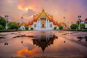 Wat Benjamaborphit Bangkok. photo