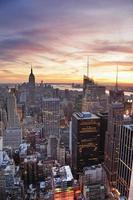 puesta de sol de la ciudad de nueva york