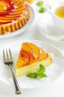 Fruit cake with peaches and ricotta.