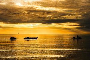 banana boat photo