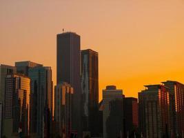 skyline de chicago ao pôr do sol