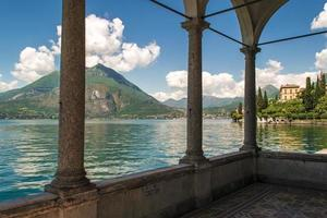 Lago photo