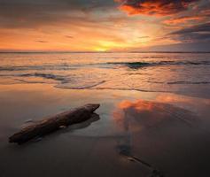 espectacular puesta de sol foto