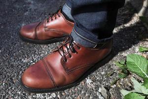 men's feet  in retro shoes