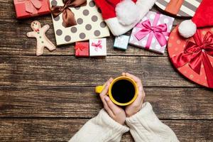 femme, tenue, tasse, café