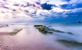 impresionante puesta de sol del paisaje marino