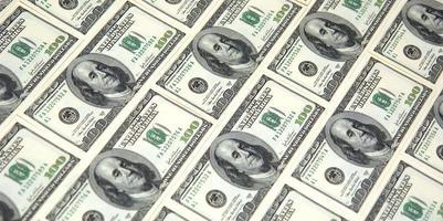 angled money
