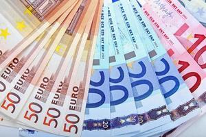 billetes de dinero en euros foto