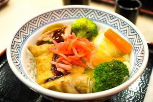 japanese food fry pork tongkatsu curry with wood pattern