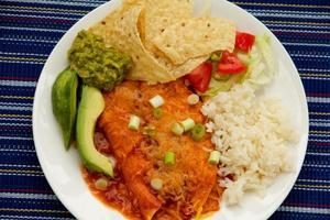 plato de enchilada foto