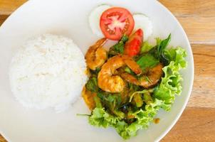 Stir fried shrimp with chili paste