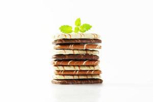 una variedad de galletas de mantequilla de chocolate belga foto