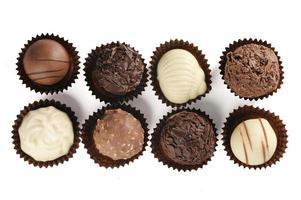 variedad de chocolates finos foto