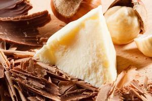 rizos y trozos de chocolate. macro foto