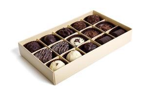 bombones de chocolate en la caja foto