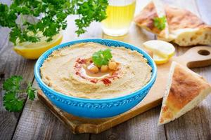 Hummus from chickpea and sesame