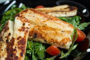 Grilled goat cheese