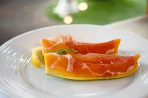 Prosciutto with Mango