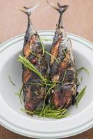 menú de pescado a la parrilla foto