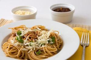 Spaghetti with pesto photo