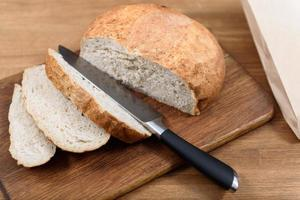 grain bread photo