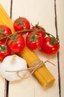 Italiaanse basispasta-ingrediënten