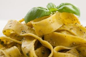 Pasta tagiatelle with pesto