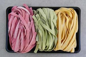fettuccine di pasta