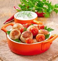 almôndegas de frango com tomate cereja