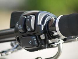 botón de marcha de la motocicleta foto