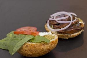 hamburguesa de hongos portobello foto