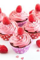 sabrosos cupcakes de frambuesa foto