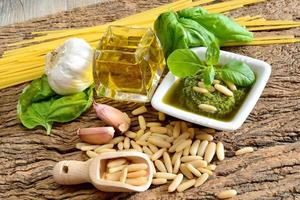 ingredientes por pesto genovese