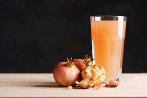 Pomgranate juice photo