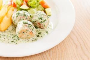 meatballs with potatoes