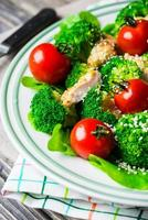 Chicken salad with tomatoes cherry