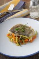 bacalhau assado com legumes