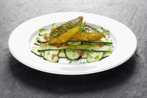 Fisch mit Gemüse photo