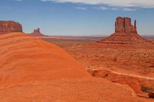 paisaje del valle del monumento foto