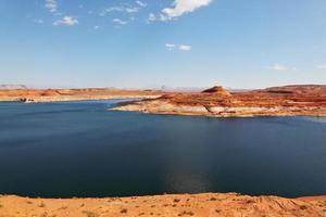 magnífico enorme y hermoso lago Powell foto