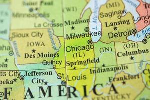 Vista del mapa en un globo geográfico. foto