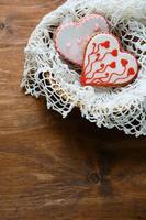 galletas en forma de corazón con glaseado foto