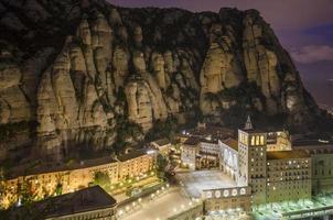 Montaña de Montserrat photo