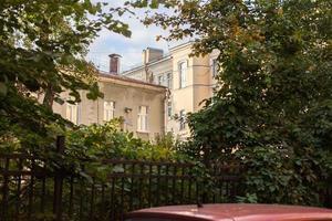 Saint-Petersburg yards photo
