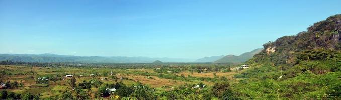 Punto de vista panorámica de payathonsu en el estado de kayin, myanmar.